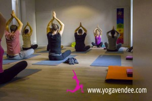 yoga vendee la rocher sur yon yoga entreprise evenement stage manifestation cour sejour atelier prof