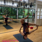 cours fly yoga vendee france maud chevallier