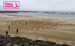 mandala plage beach art france vendee yoga vendee
