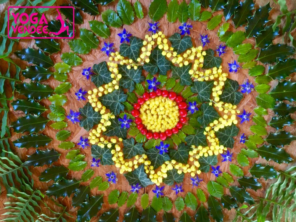 Atelier Yoga mandala créatif semi Land Art avec les fruits de la nature en Vendée La Roche-sur-Yon.