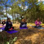 cours de yoga plage des conches bud bud longeville sur mer vendee manu surf
